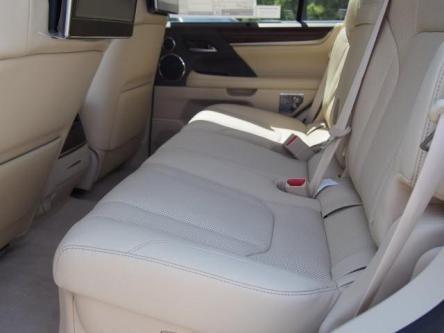 LEXUS LX570 SUV 2016